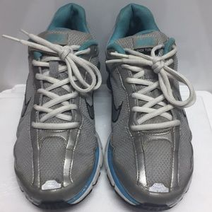 Gently worn sz 8 ladies Nike shox